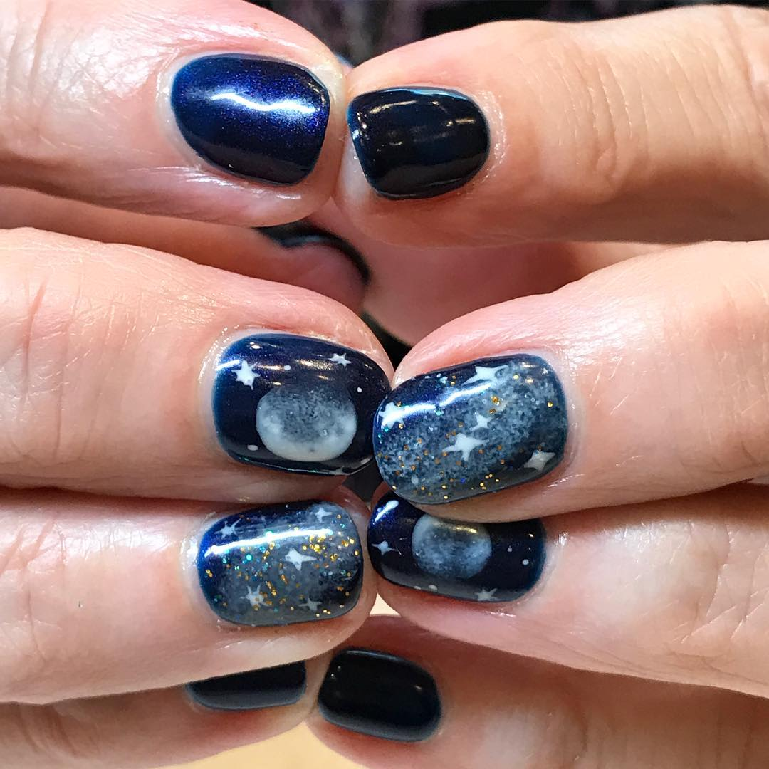 Super Cool Solar Eclipse Nail Art Trend You Will Be Amazed With – My ...