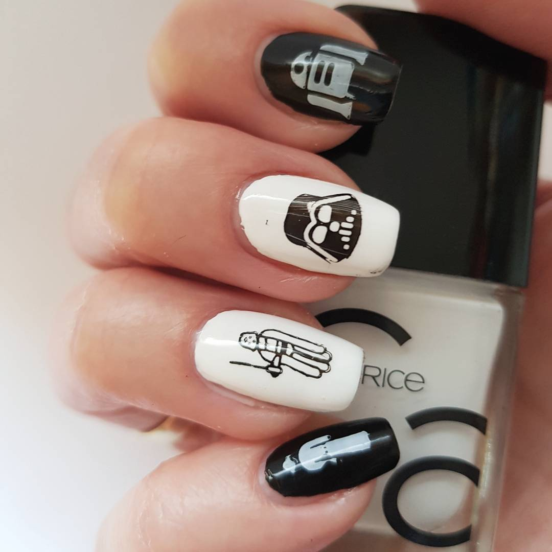Show Your Love For The Force With Some Epic Star Wars Nail Designs